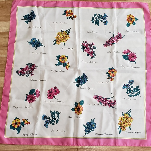 0a967690506 Floral Flower Pink Scarf JP Collections Italy